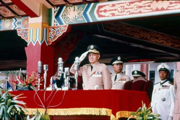 doubletendayparadeoctober101966